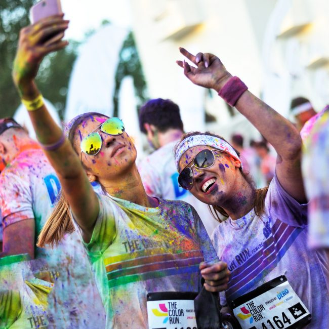 running a marathon_colour_run