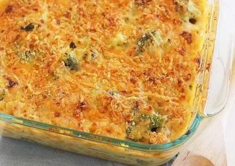 skinny baked broccoli mac and cheese