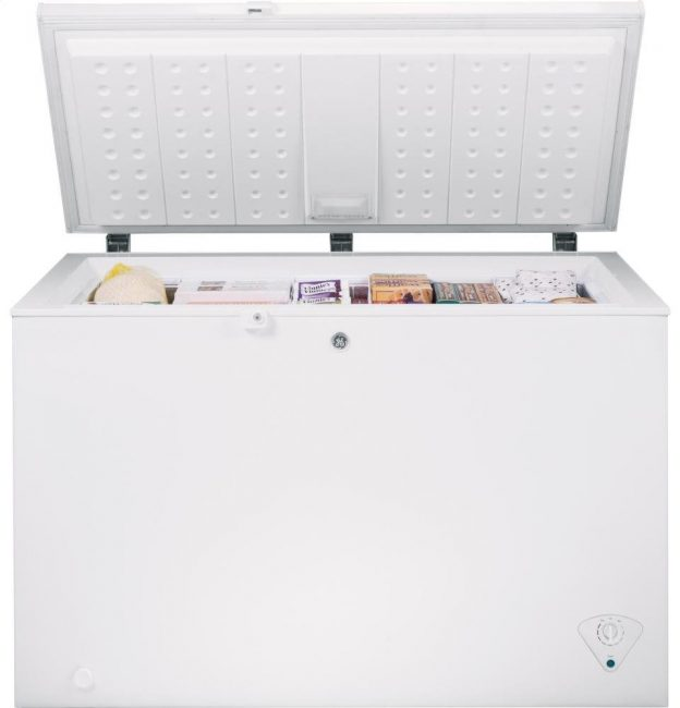 best chest freezer - GE FCM11PHWW 10.6 Cu. Ft. White Chest Freezer