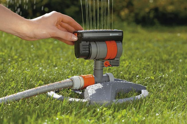 Best Sprinkler Review - Gardena ZoomMaxx Oscillating