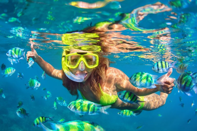 Best Snorkeling Set Review - girl