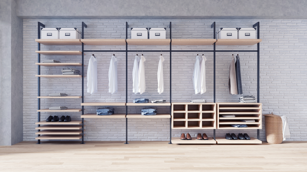 Closet Organisation and decluttering