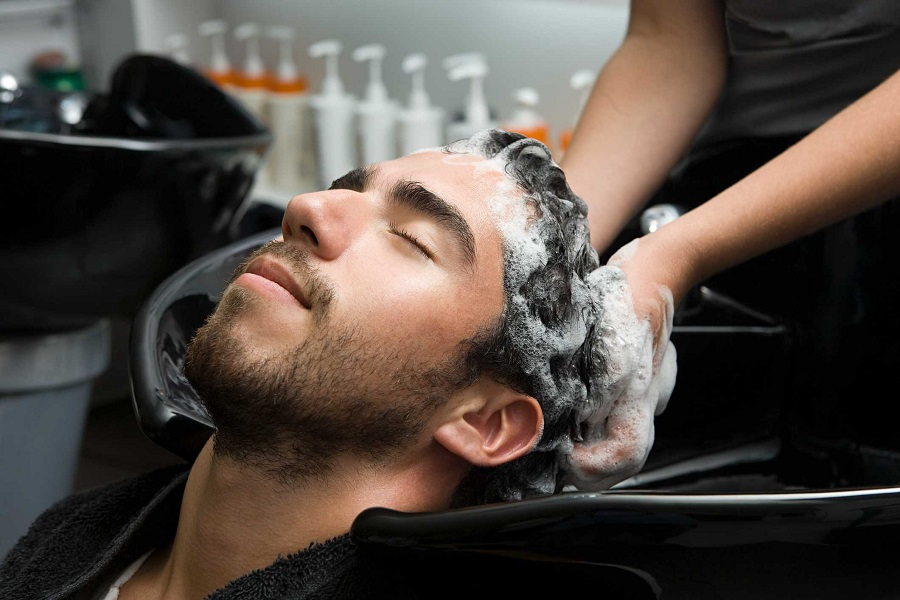Best Anti-Dandruff Shampoo For Men 2020: Get Rid Of The Flakes Once And For All