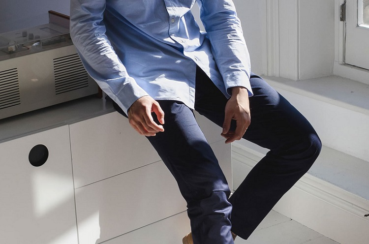 Are khakis/chinos out of style?