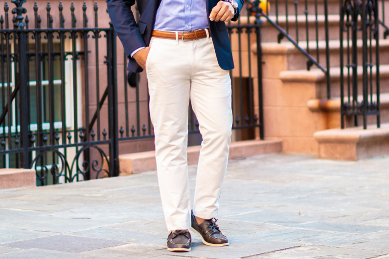 Chinos vs Khakis: What is the Difference?